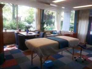 praktijkruimte met behandeltafel 6